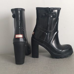 Hunter Shoes - HUNTER Black Heel Boots - Size 6